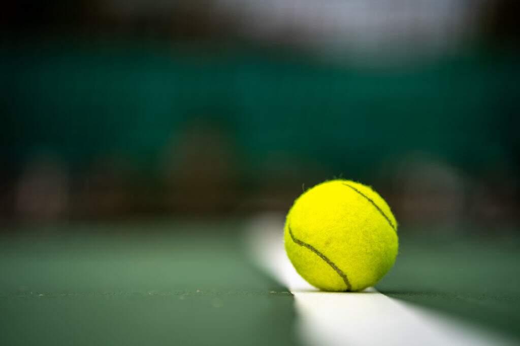 quadras de tenis cobertas back 4